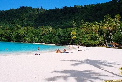 Pristine sands Champagnme Beach Deco Stop Lodge Espiritu Santo Vanuatu