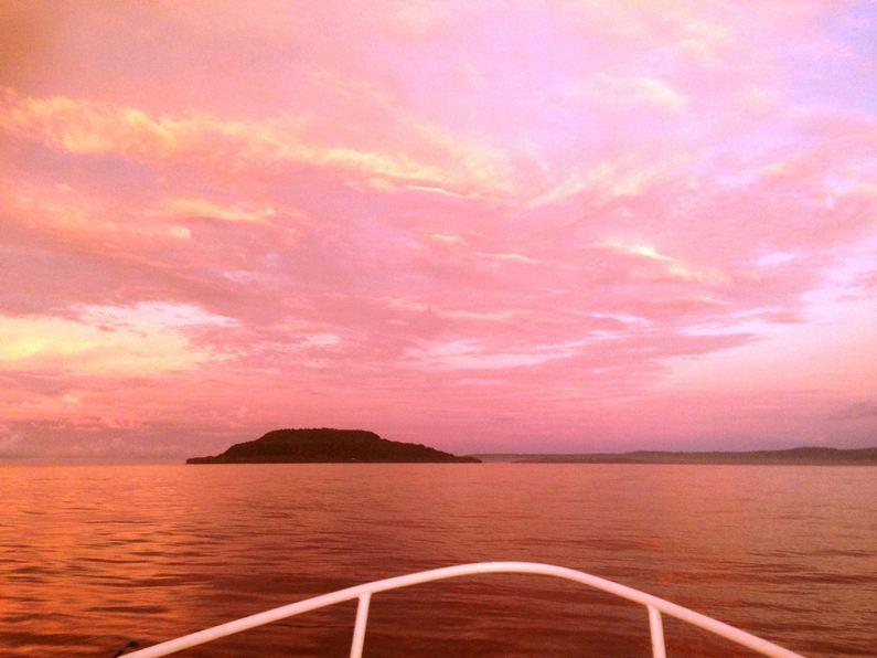 Stunning Morning Sky Fishing Deco Stop Lodge Espiritu Santo Vanuatu