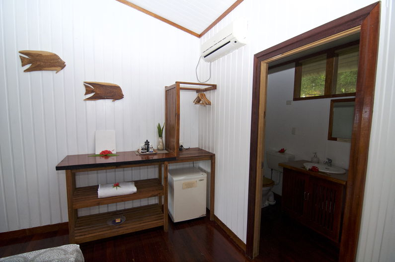 Single / Double Room at Deco Stop Lodge – Every room has a bar fridge