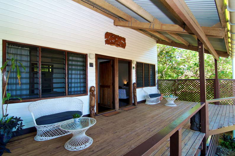 Single / Double Room at Deco Stop Lodge – Relax on your verandah