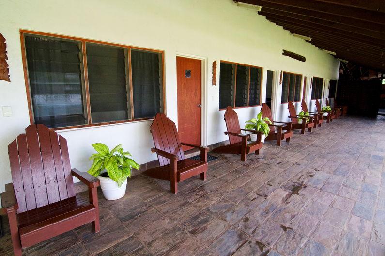 Standard Family Room at Deco Stop Lodge – Verandah